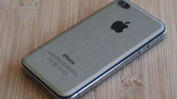iPhone 4 Back metal cover