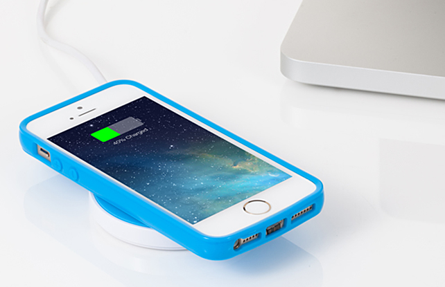 iqi-wireless-charging-for-iphone