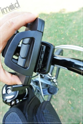 Review-Capdase-Bike-Mount-Holder-Racer (11)