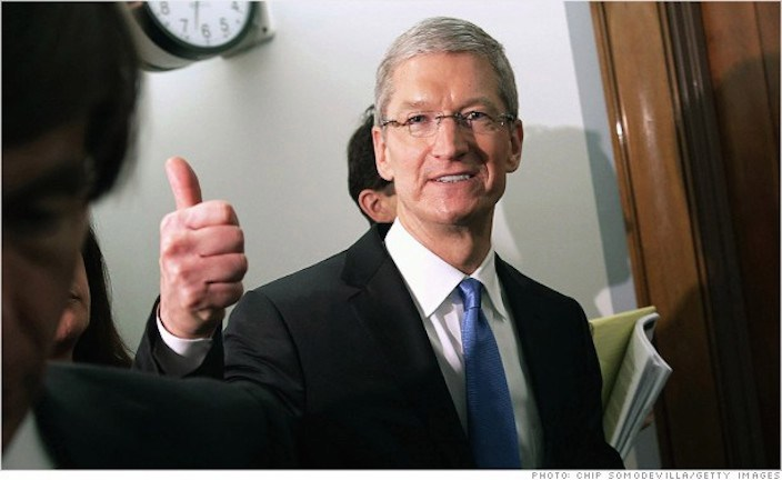 tim cook thump up
