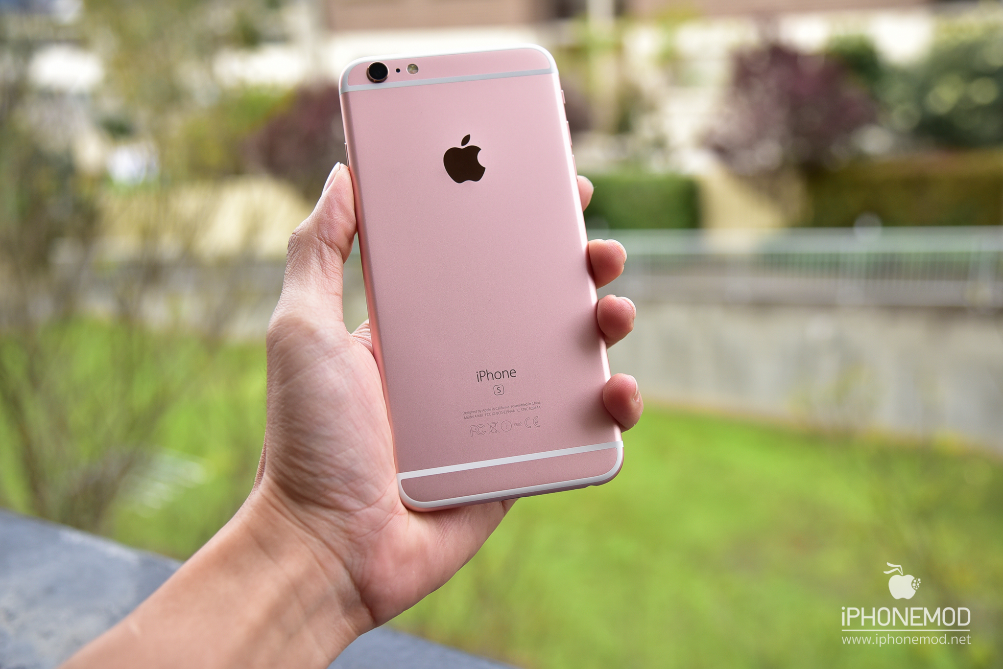 iphone-6s-plus-rose-gold-gallery-17