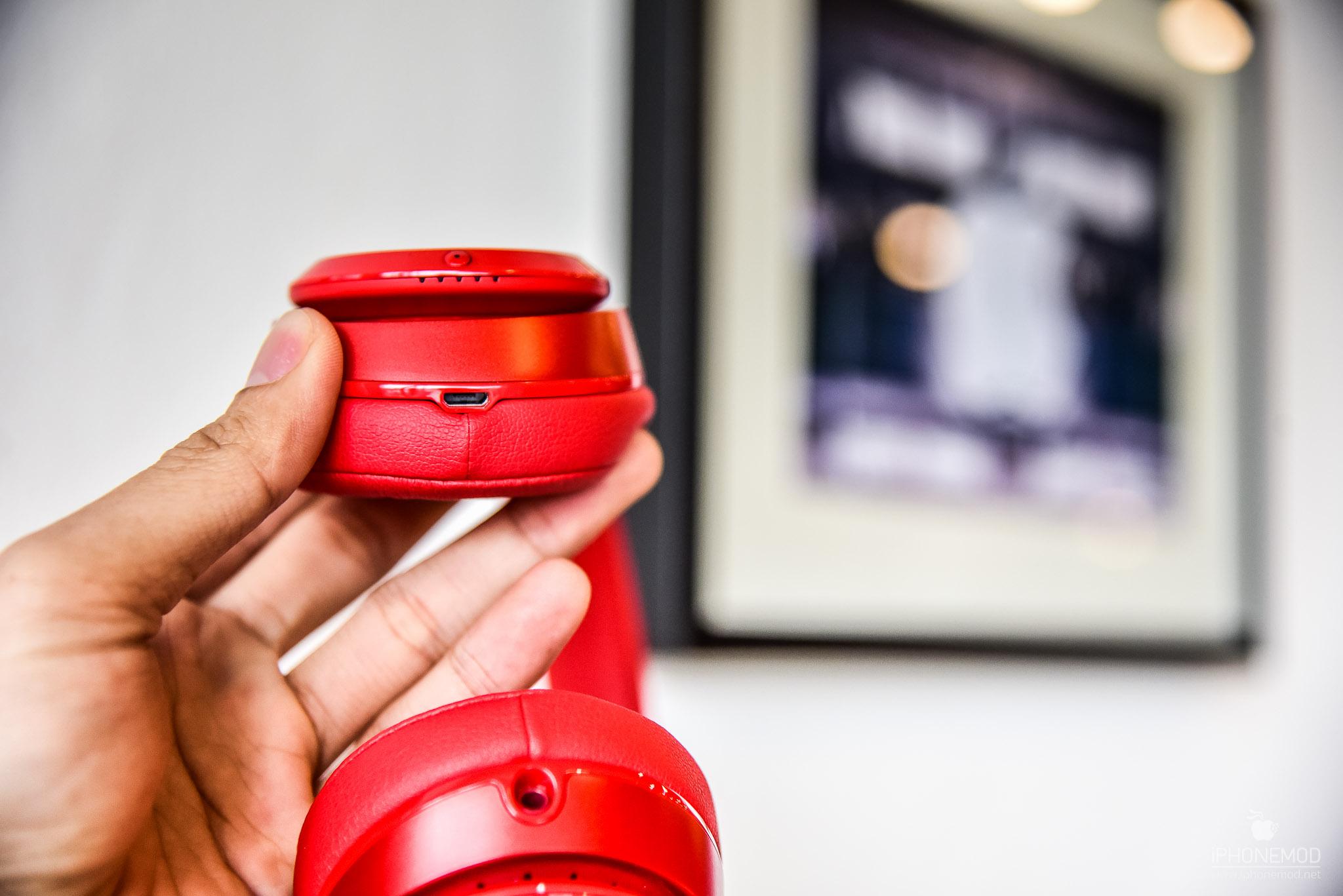 Beats-Solo-Wireless-8