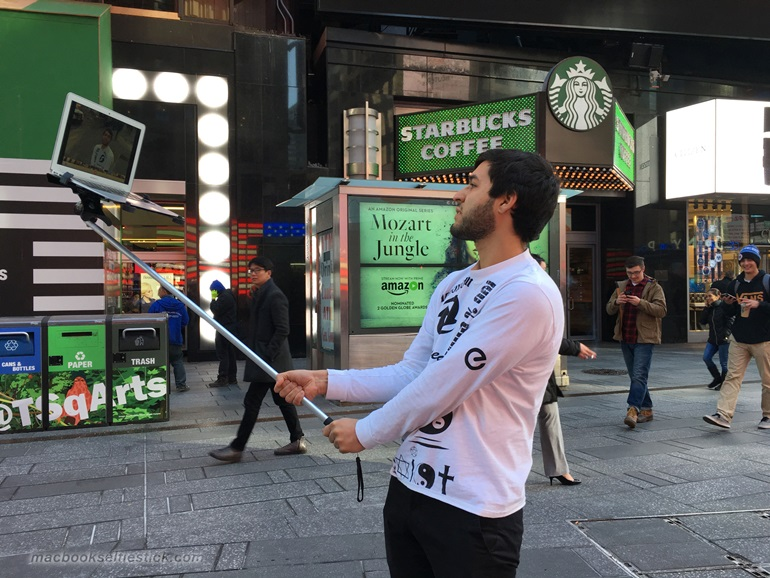 Macbook Selfie Stick (3)