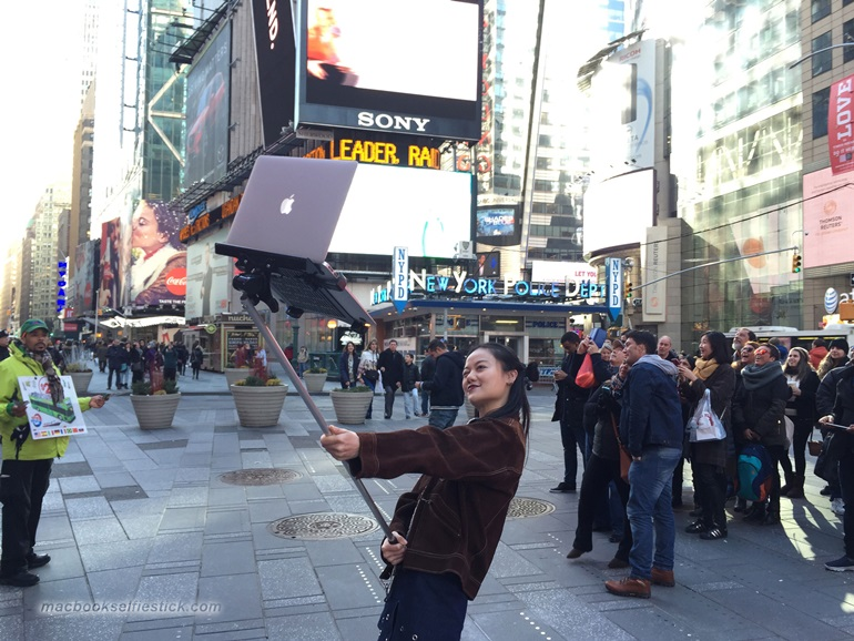 Macbook Selfie Stick (5)