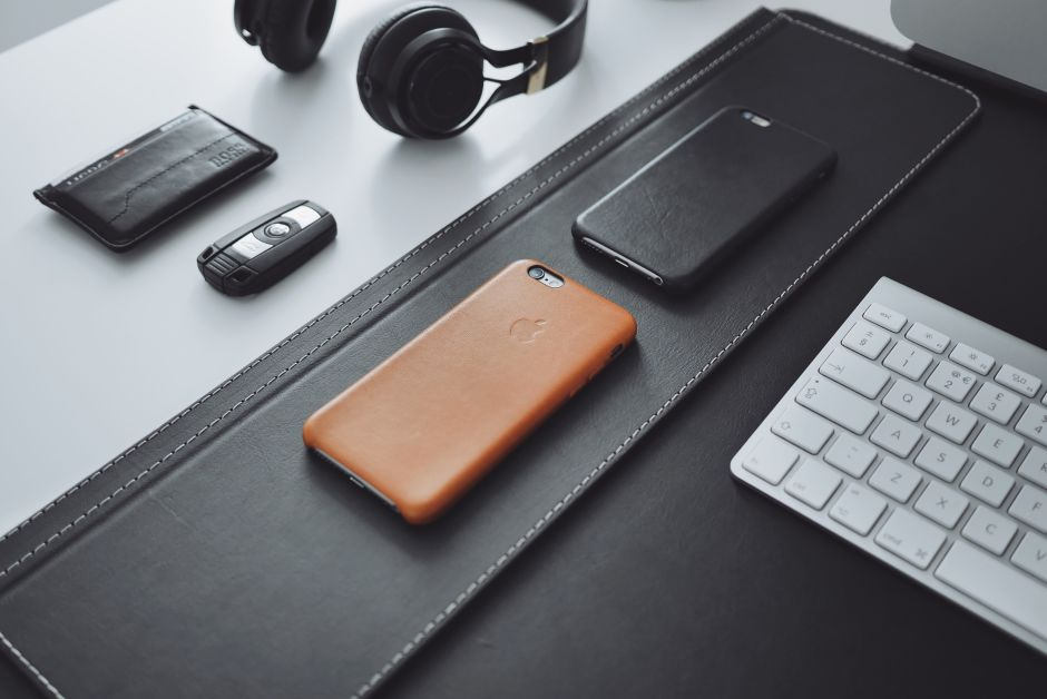 Saddle Brown Leather Case for iPhone - 8 Months Used (1)