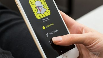 stock-iphone-6-snapchat-0139.0.0
