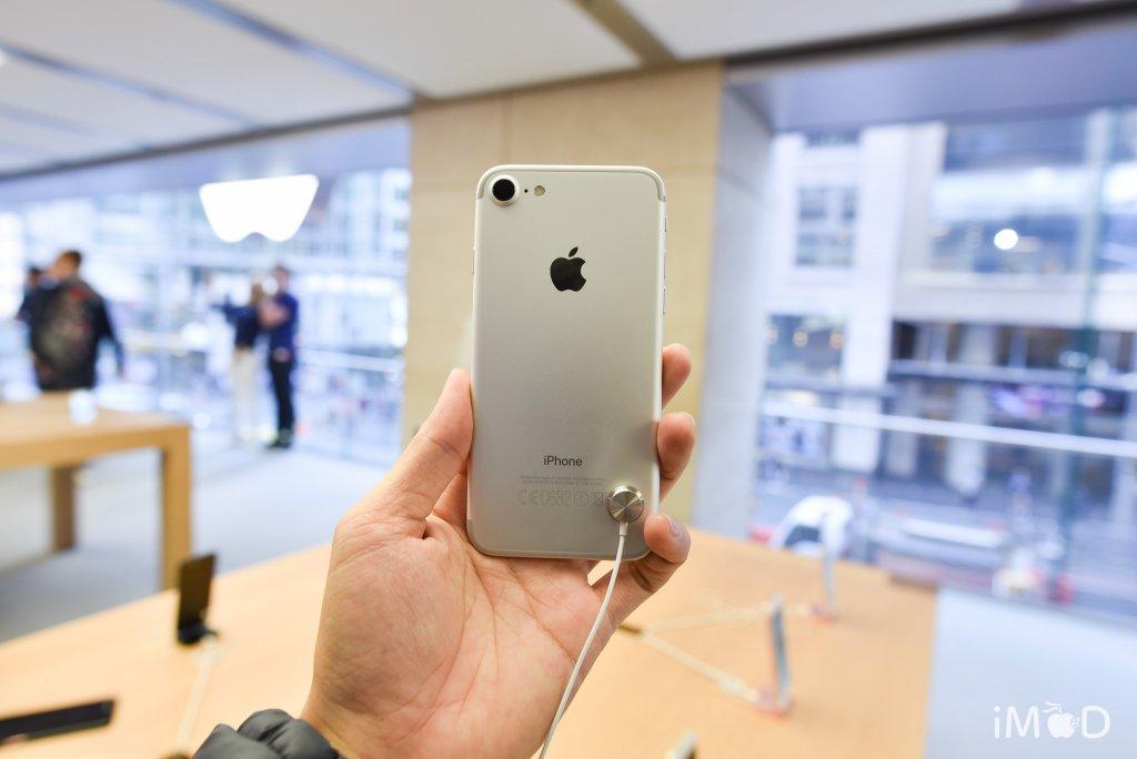 iPhone-7-7plus-launch-1