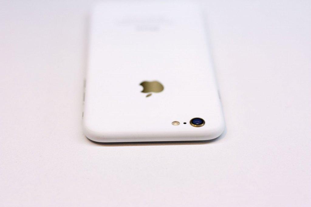 iPhone7-MatteWhite-1-2