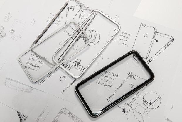 glass-jetblack-case-switcheasy-6