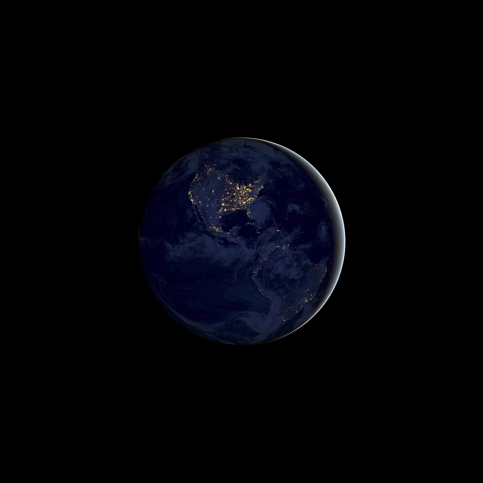 Ios 11 Gm Wallpaper Earth Night
