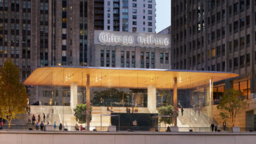 Chicago Michigan Ave Pioneer Court Front Entrance