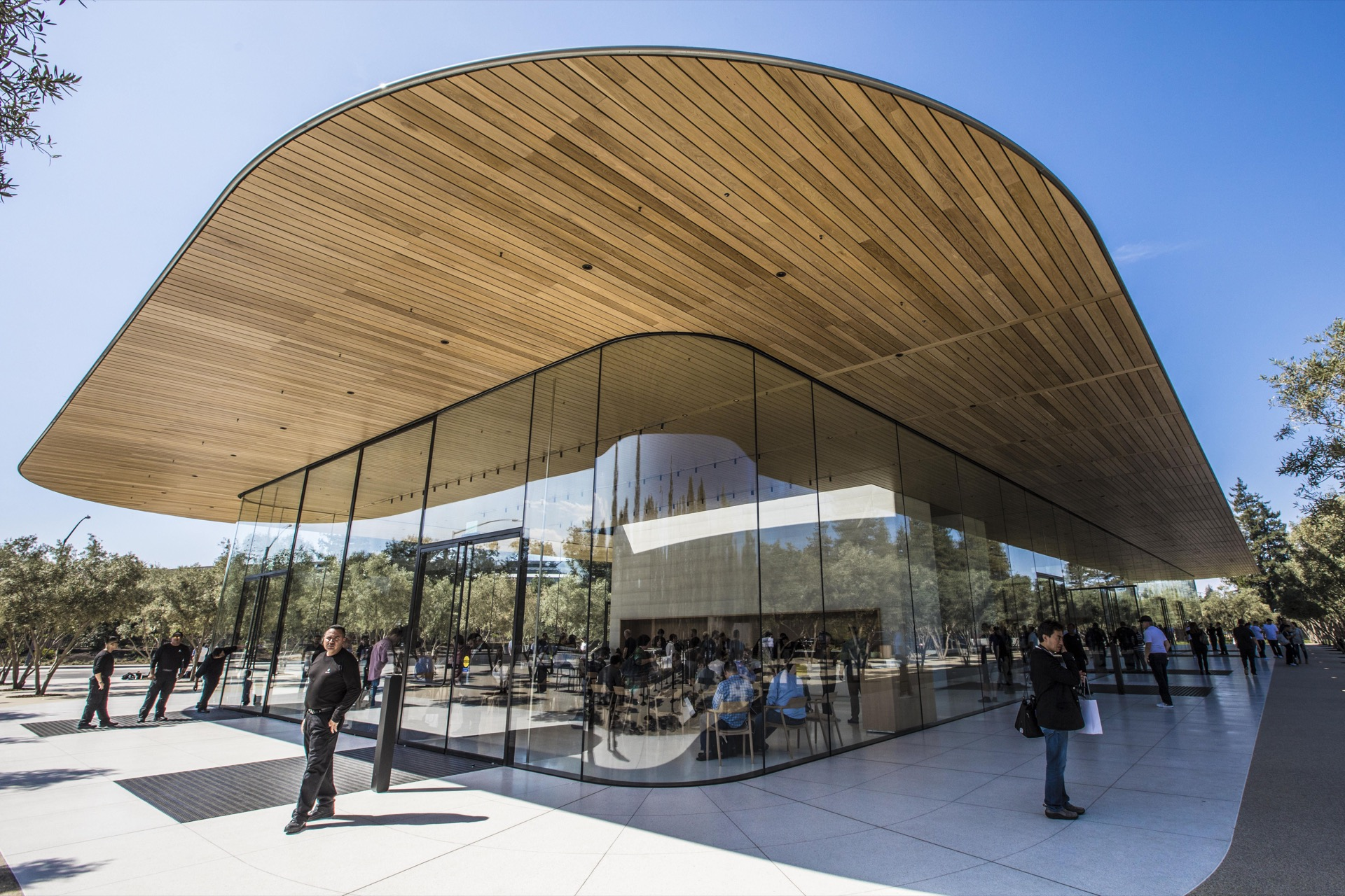 Apple Park Visitor Centre By Cnet