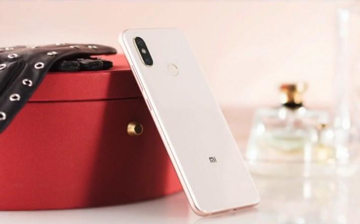 Xiaomi Mi 8 Official 3