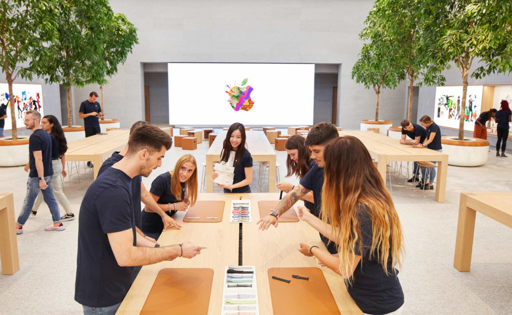 Apple Piazza Liberty Employee Preview 07242018