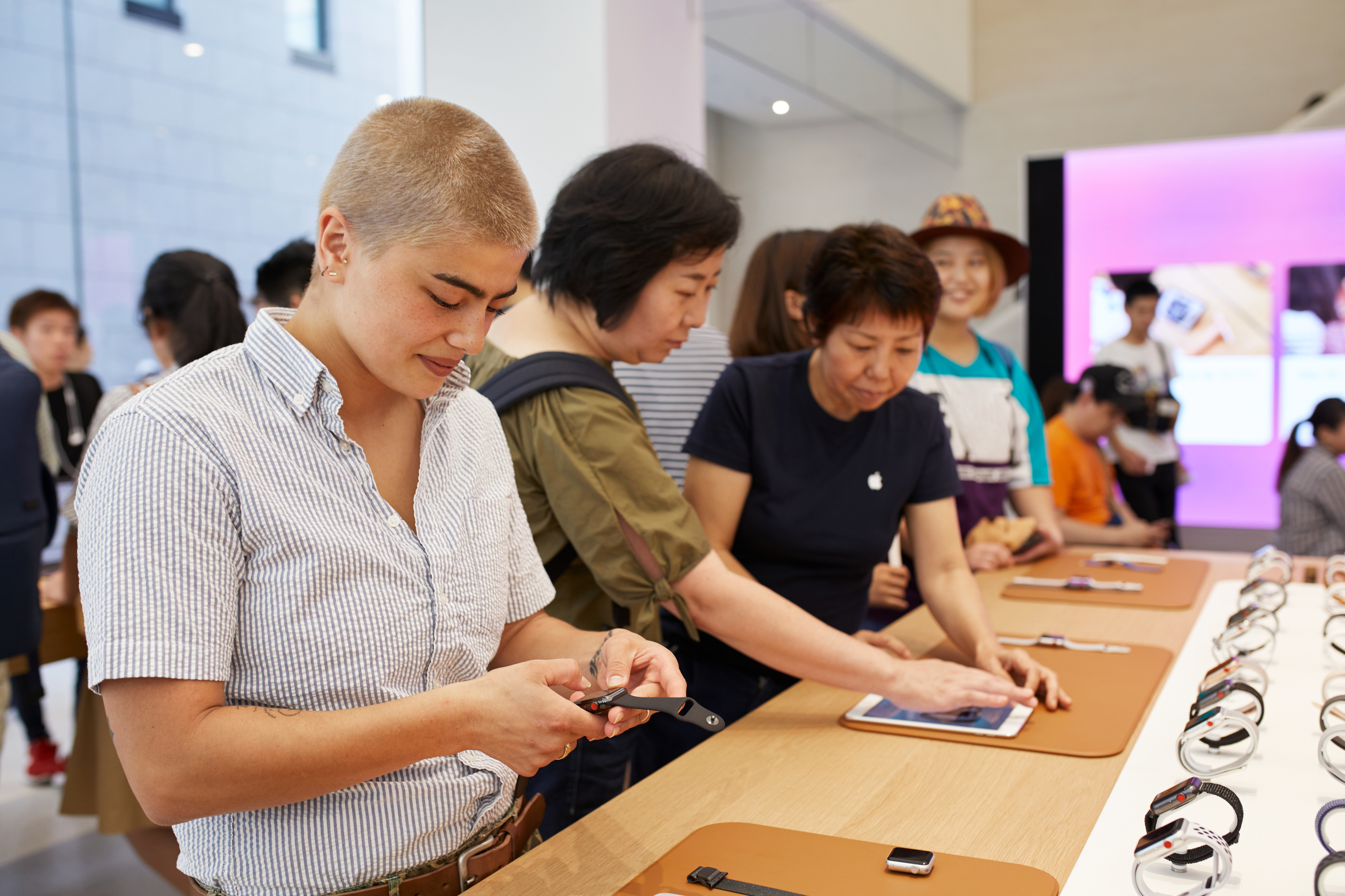 Apple Store Opening Kyoto Shijo Inside Product Table 08252018