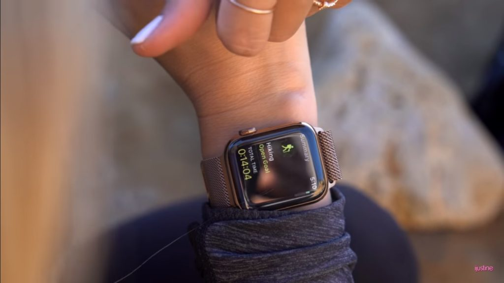 Apple Watch Series 4 Unboxing Youtuber 16