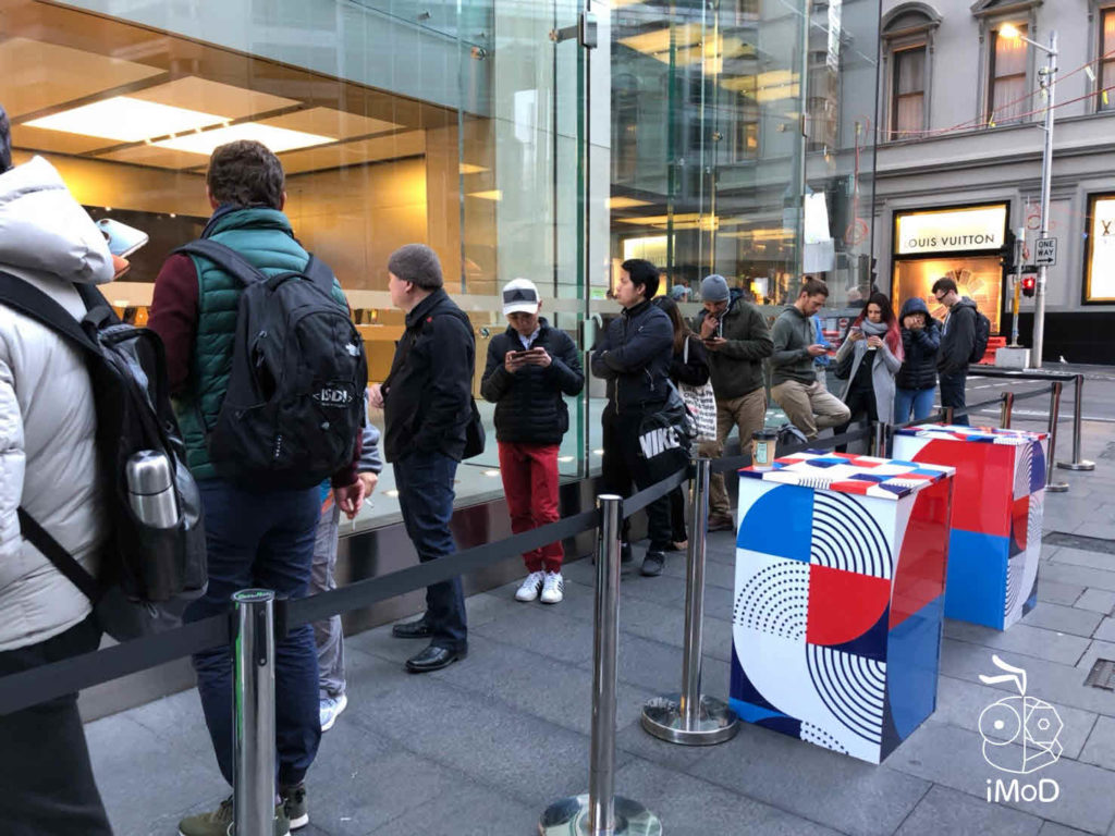Iphone Xs Iphone Xs Max Apple Watch Series 4 First Launch Day 004