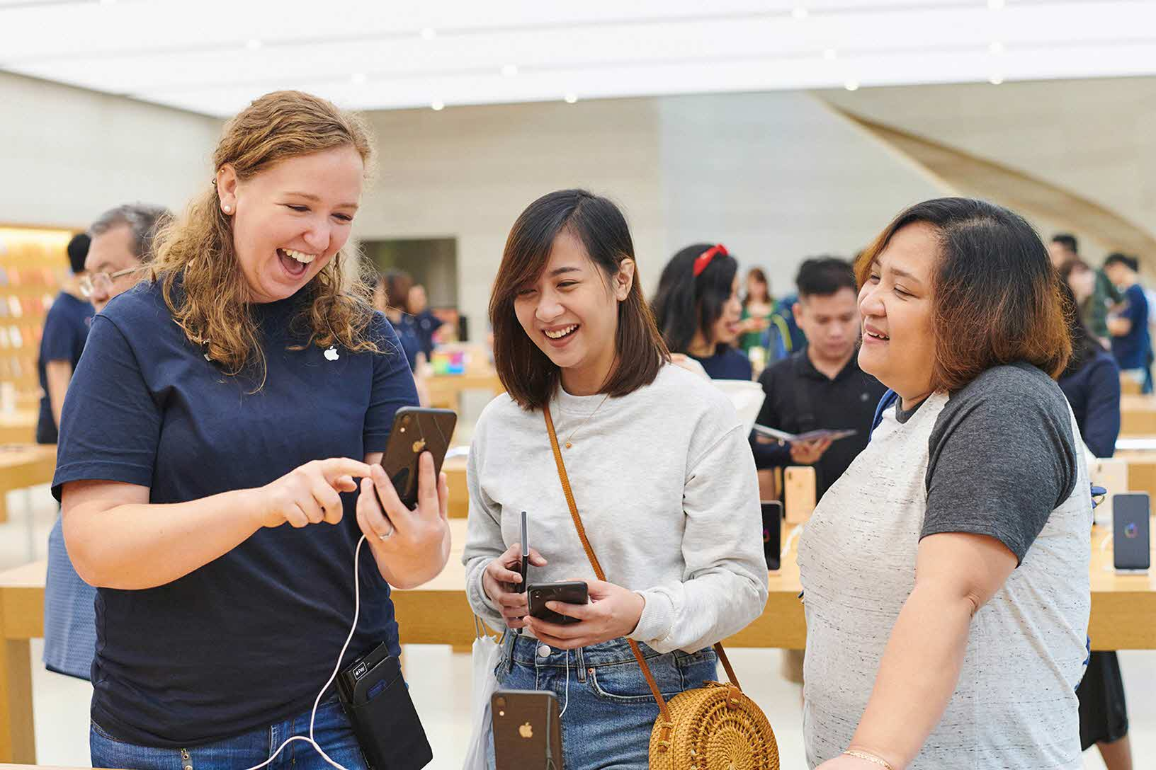Iphonexr Launch Orchardrd Singapore Instore Service 10262018
