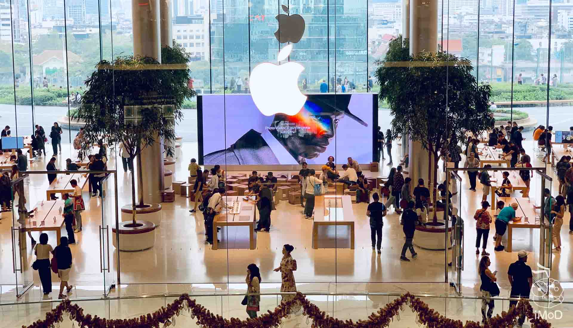 Claim Aripods At Apple Iconsiam 9117