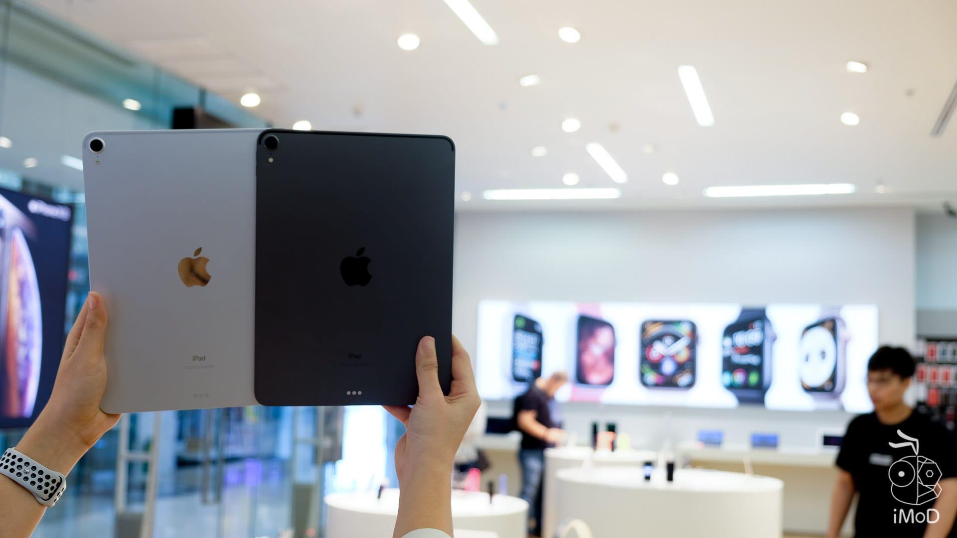 Ipad Pro Macbook Air 2018 Studio7 2416