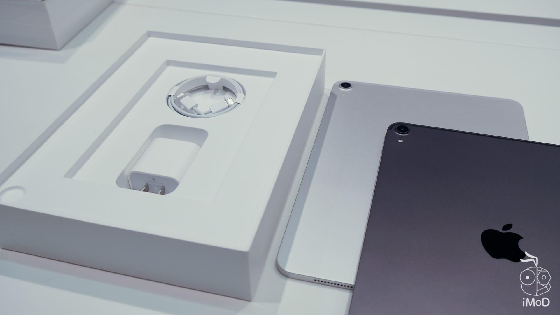 Ipad Pro Macbook Air 2018 Studio7 2438
