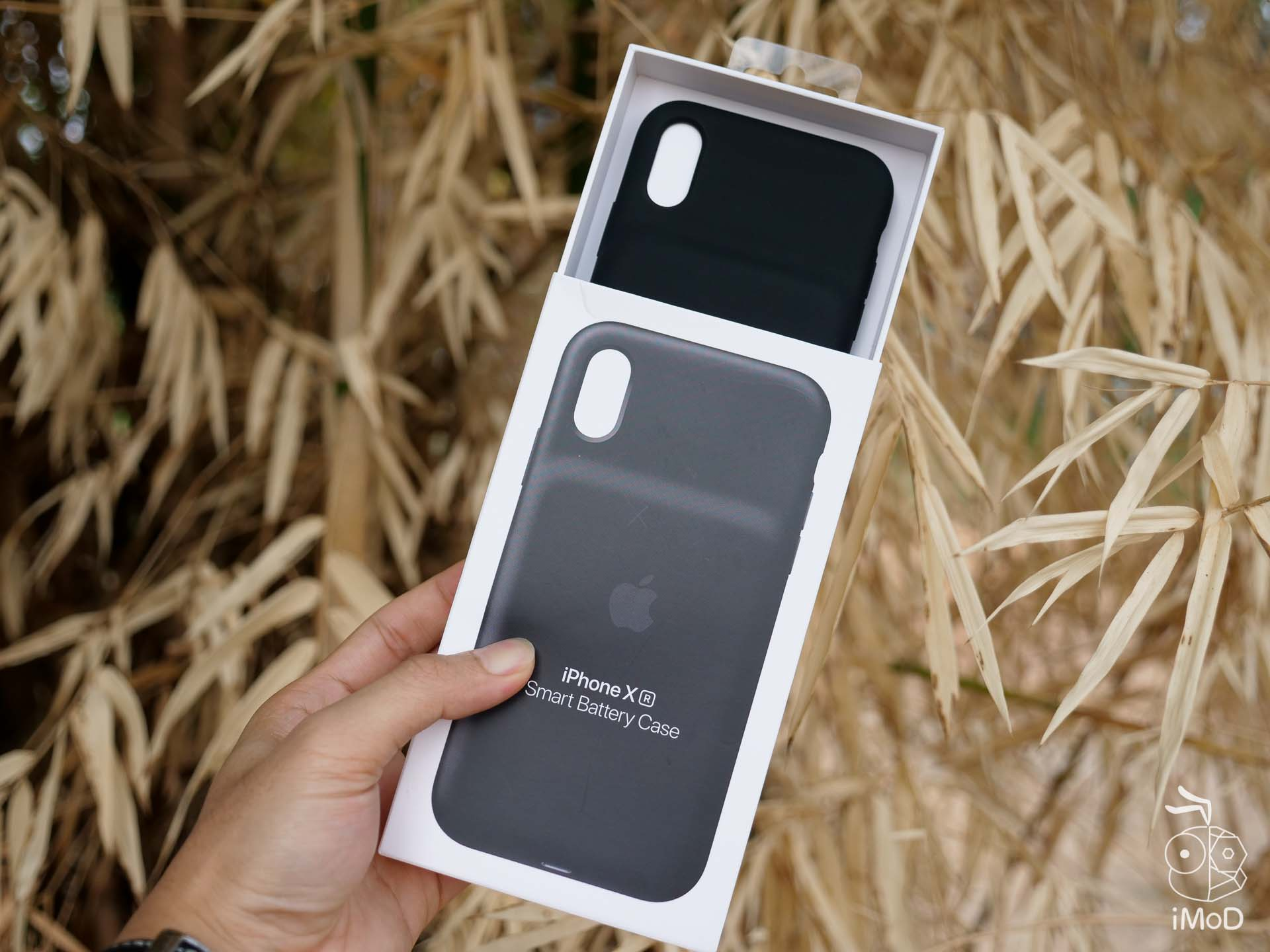Apple Smart Battery Case Iphone Xs Xs Max Xr Review 1222327