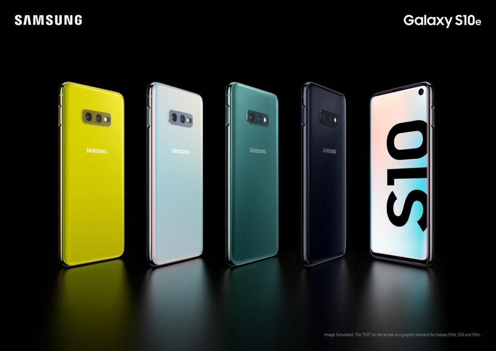 Galaxy S10e Vs Iphone Xr Comparision 1