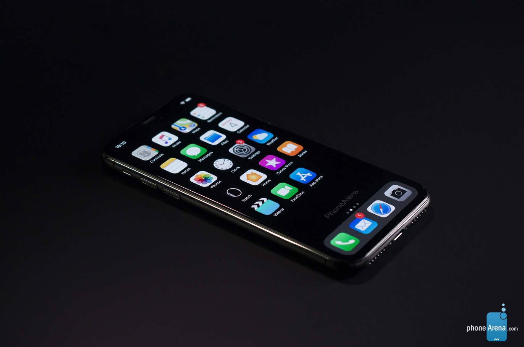 Phonearena Iphone Xi Ios 13 Darkmode Render Img 1 1