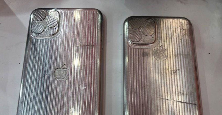Iphone Xi And Xi Max Case Mold Leak Photo