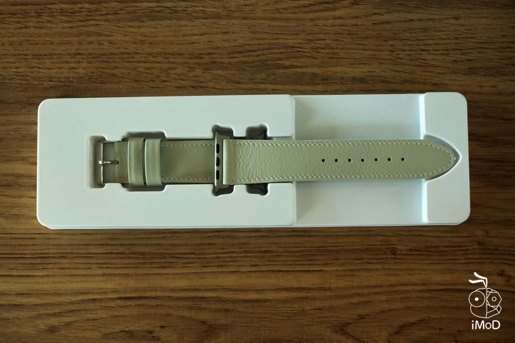Cozistyle Striped Leather Apple Watch Band Lilly White Color Review 2