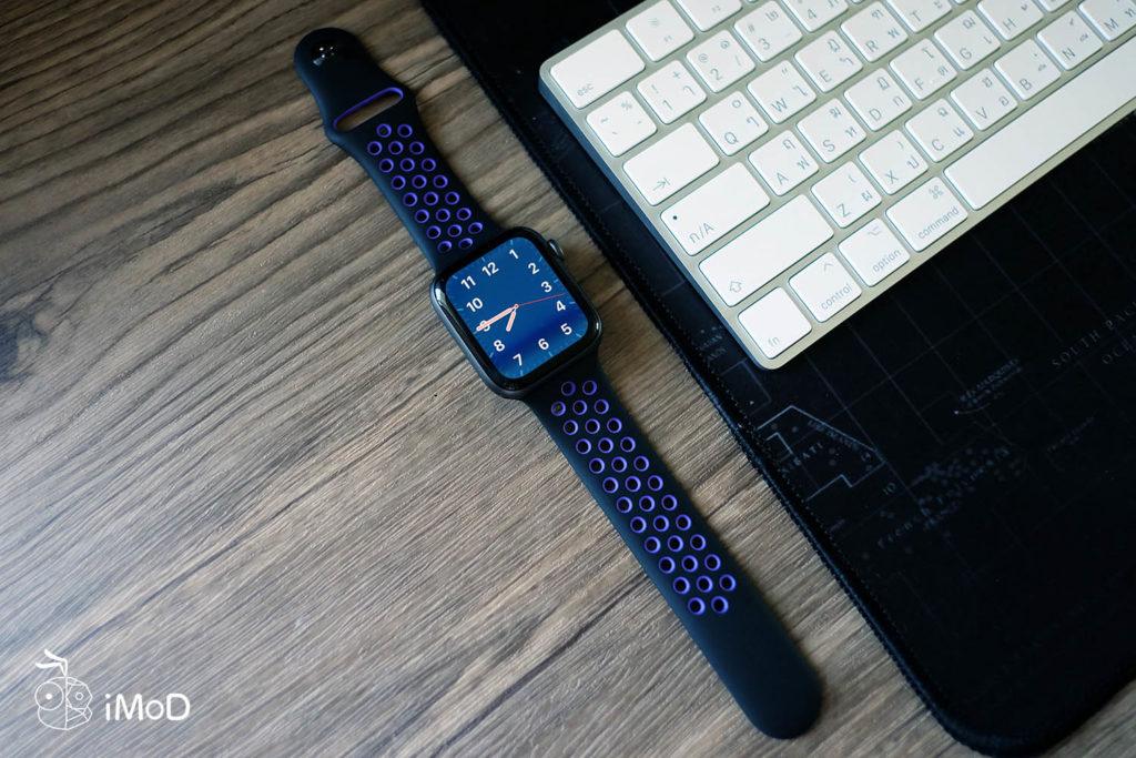 Apple Watch Nike Sport Band Black Hyper Grape Color 17