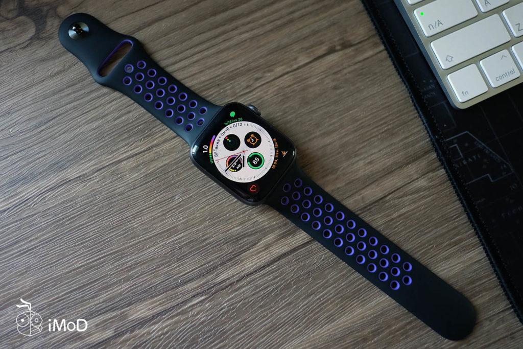 Apple Watch Nike Sport Band Black Hyper Grape Color 18