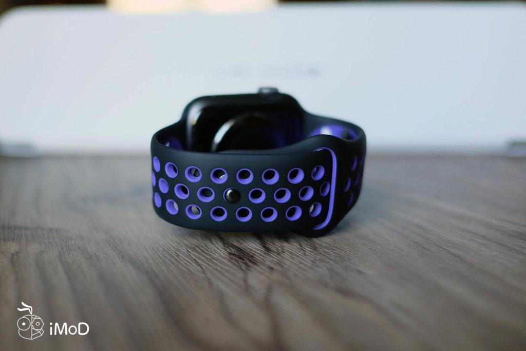 Apple Watch Nike Sport Band Black Hyper Grape Color 8