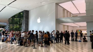Apple Jewel Changi Airport Grand Open