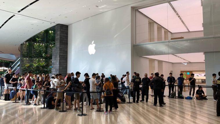 Apple Jewel Changi Airport Grand Open