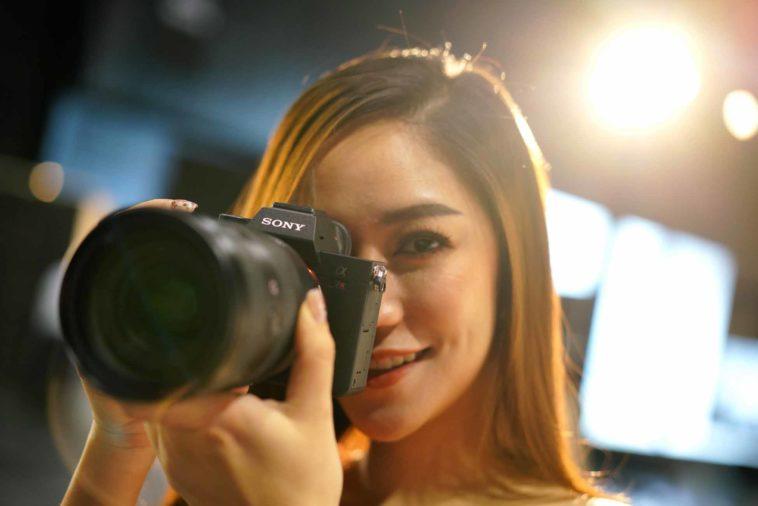 Pic กล้องอัลฟ่ามิเรอร์เลส α7r Iv (อัลฟ่า เซเว่น อาร์ มาร์ค โฟว์) 03