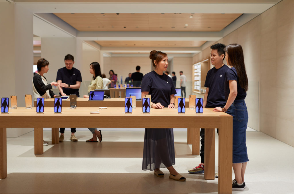 Apple Marunouch Grand Openning Tokyo Japan 2019 12