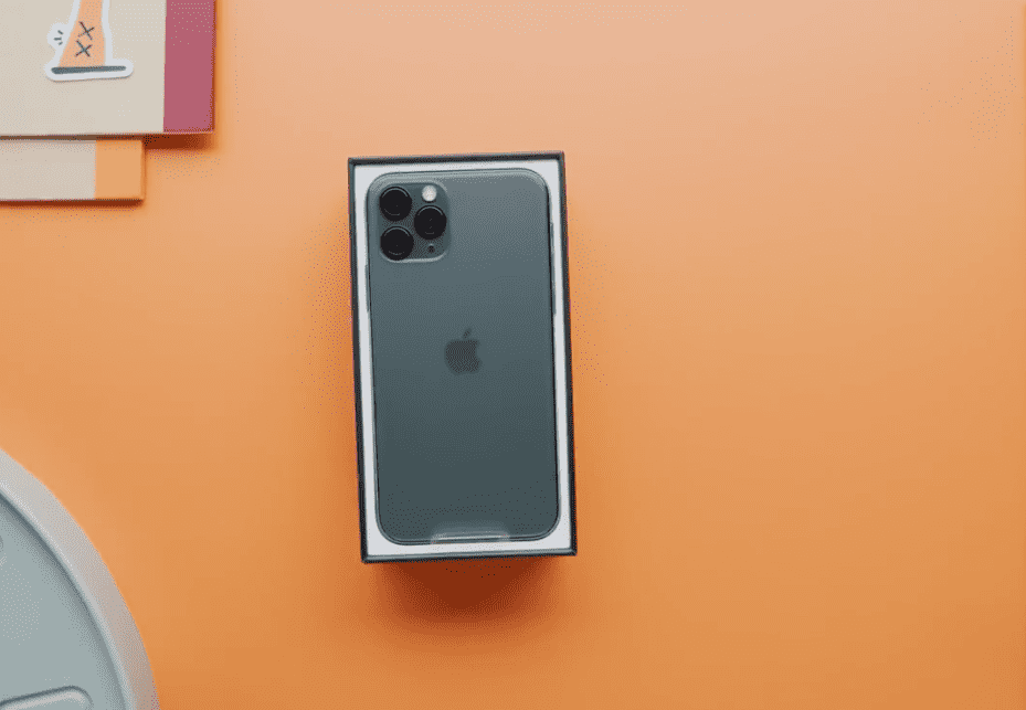 Iphone 11 Iphone 11 Pro Unbox Video Mkbhd Img 2