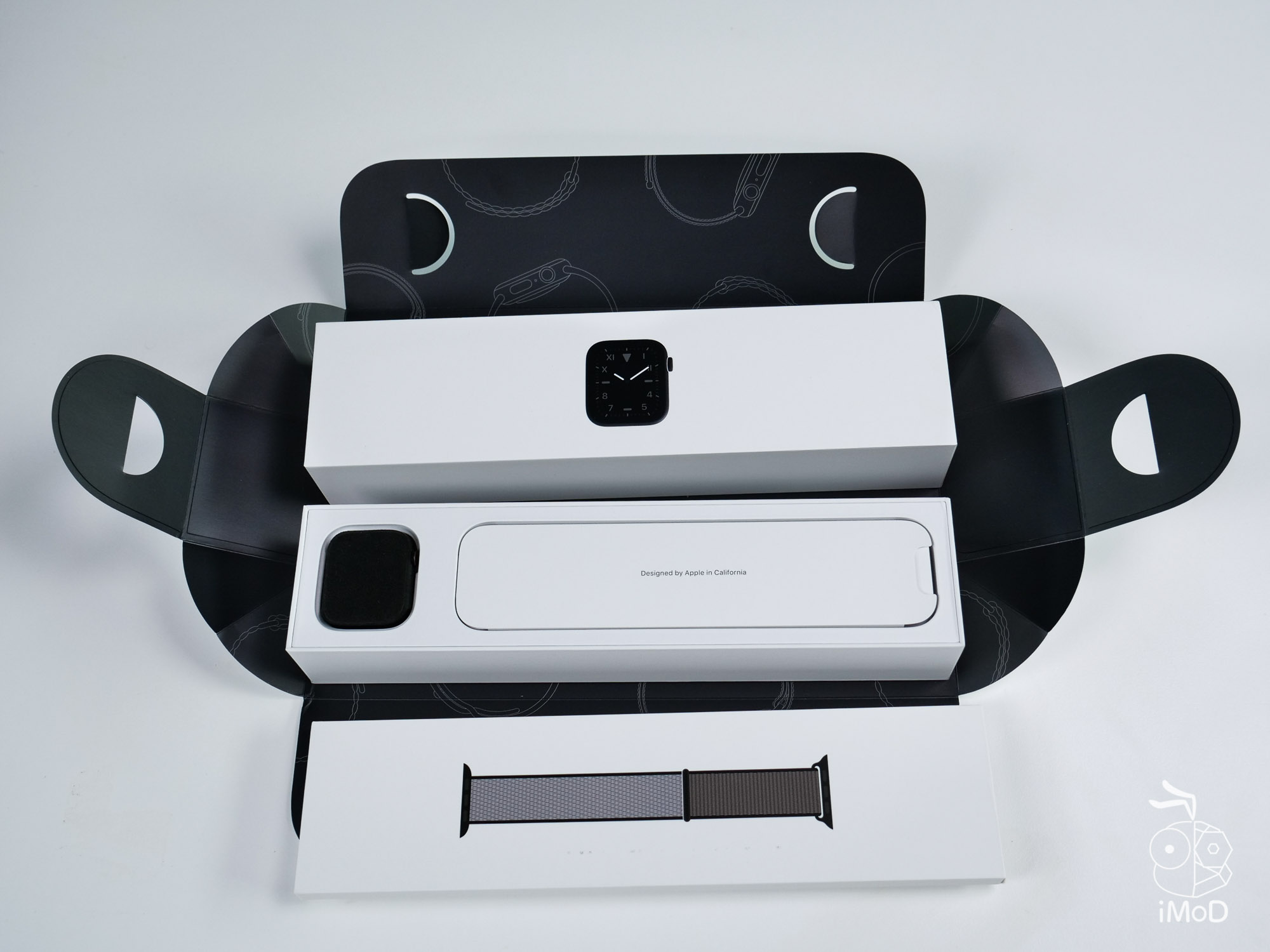Apple Watch Edition Series 5 Titanium Space Black 1013028 2