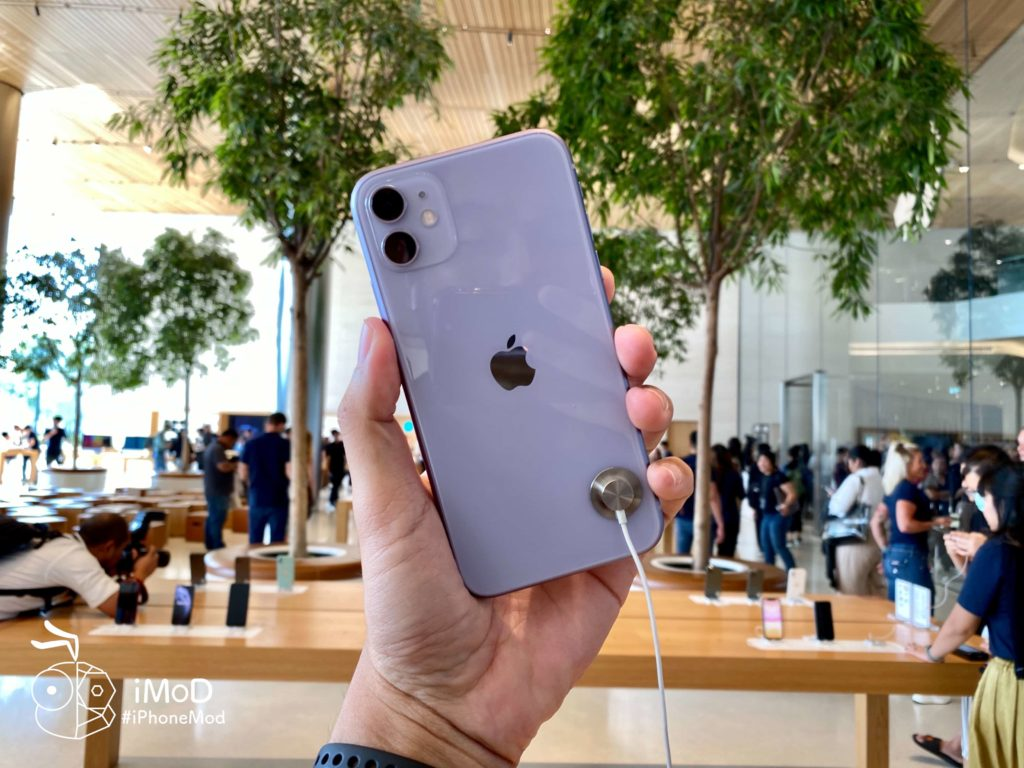 Apple Iconsiam Iphone 11 Released First Date Img 9