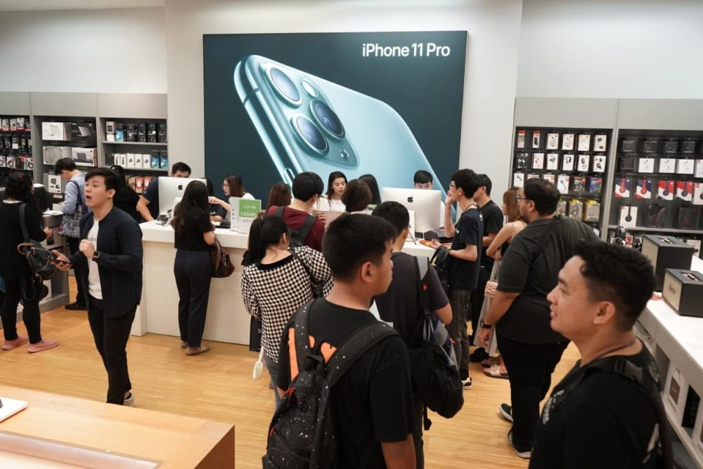 Iphone 11 First Released At Stu7 Photo Img 7