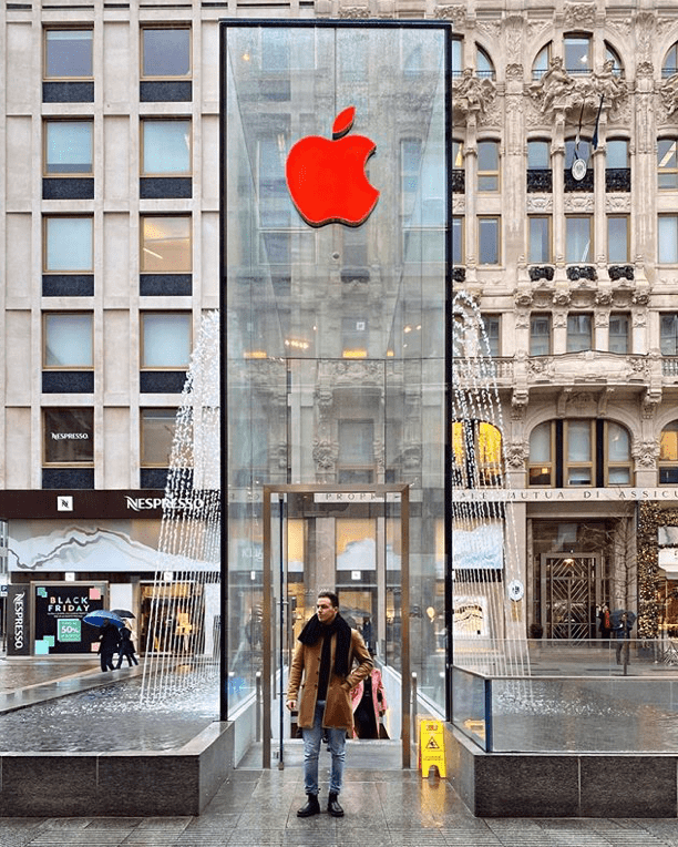 Apple Store Logo Red Aids 2019 Img 3