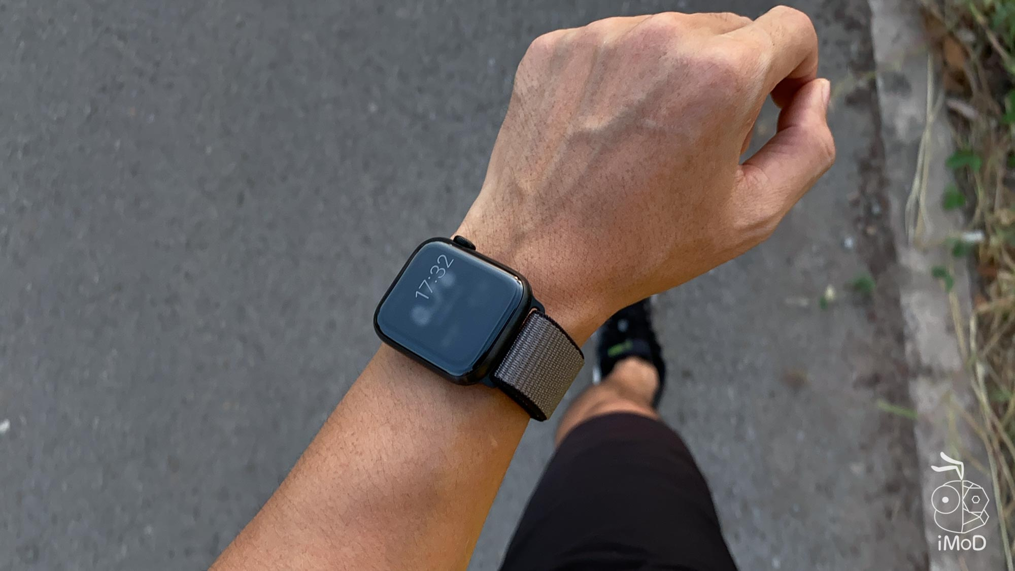 Apple Watch Series 5 Running 4947