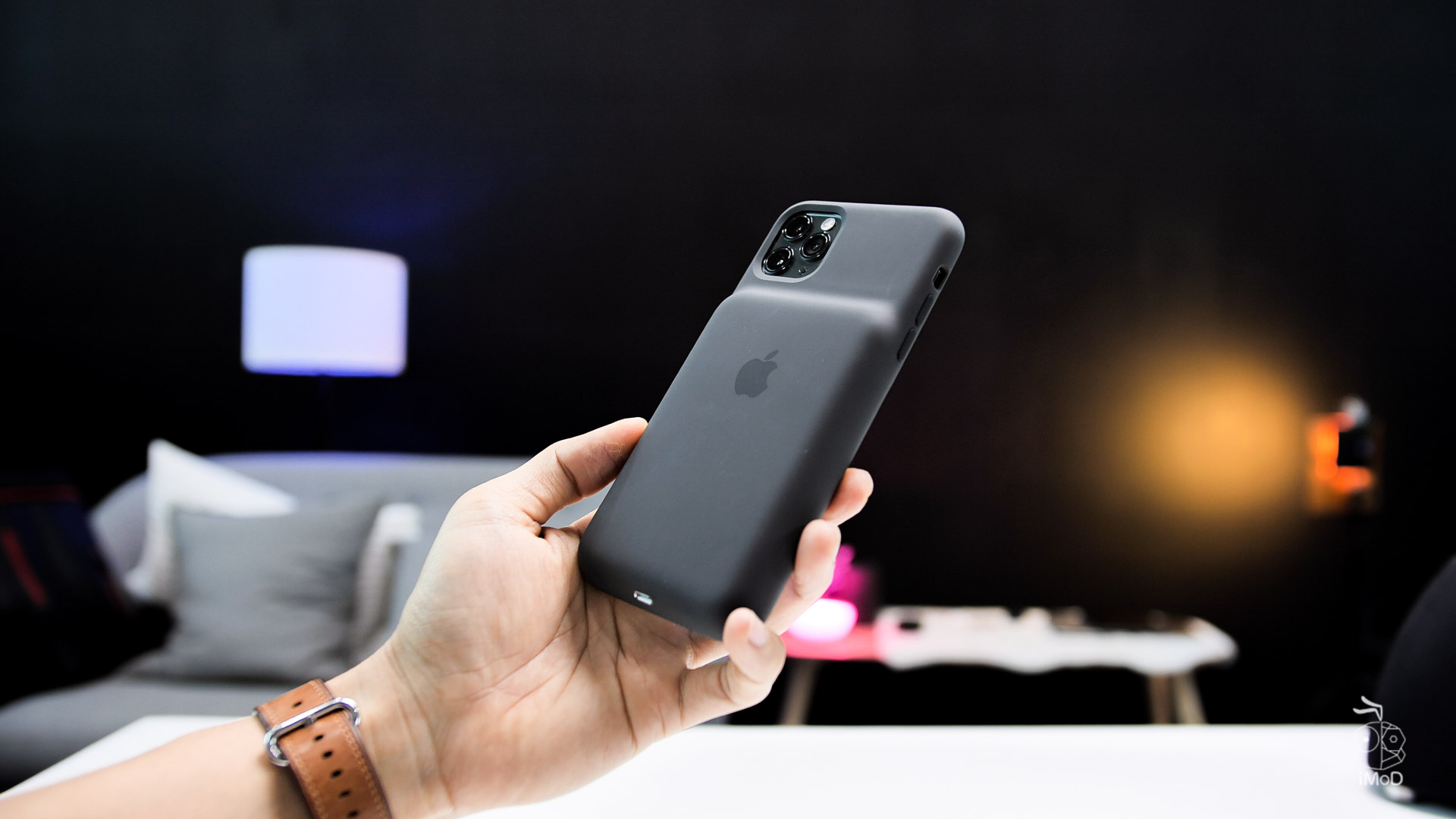 Smart Battery Case Iphone 11 Pro Max Review 13